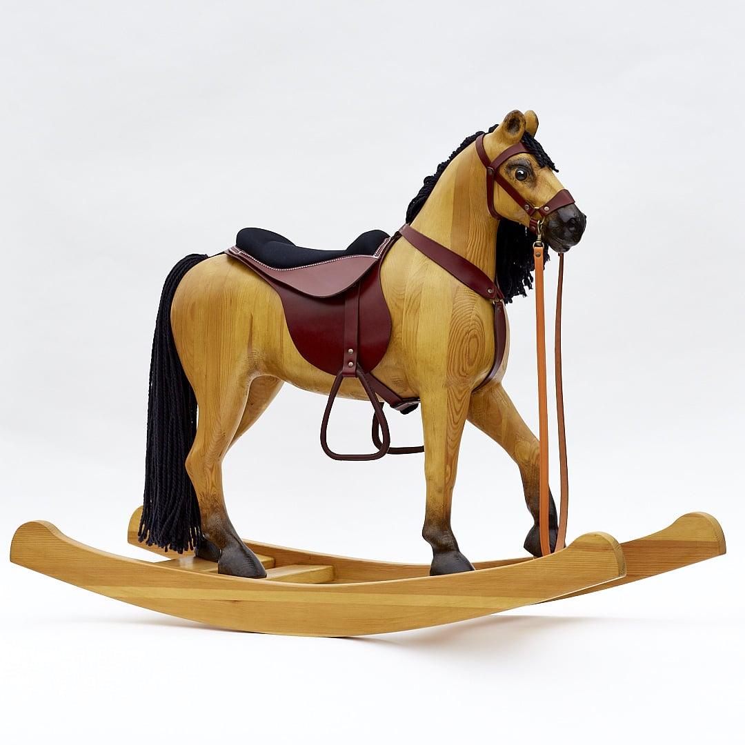 Velký dřevěný houpací kůň, barevné provedení plavák
