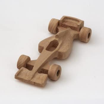 25 cm dlouhá fromule 1 z bukového dřeva s otáčecími kolečky